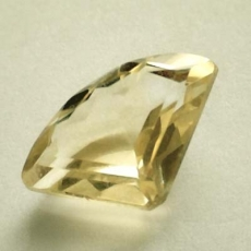 Citrin 5.80 Carat, VVSI, Fancy, excellent