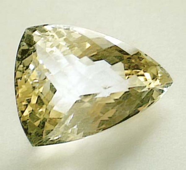 Citrin 14.75 Carat, VVSI, Triangle Checkerboard, excellent