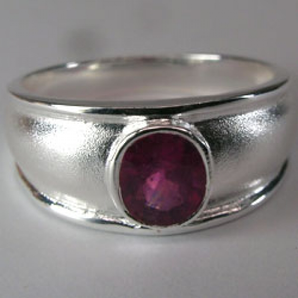 Rubin Ring antique, Silber 925, 21.16 Carat, I1,  excellenter Schliff