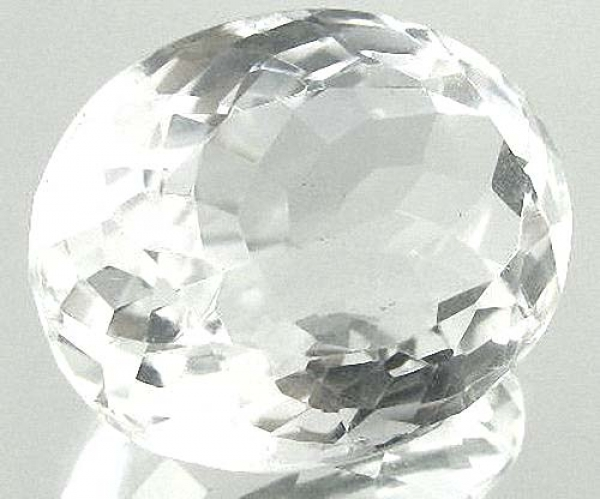 Quarz, Kristallweiss, 10.95 Carat, oval, IF, excellent