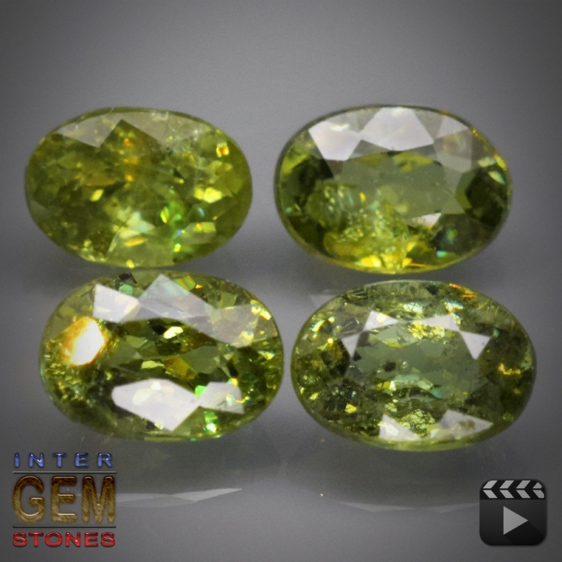 Demantoid Set, Oval, VS-SI, 2.79 Carat, 5.8x4.0-6.0x4.3 mm, aus Madagaskar