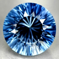Mystic Quarz, 8.80 Carat, Concave, IF, excellent